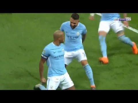 Vincent Kompany scores goal Man City 2-0 Arsenal Carabao Cup final
