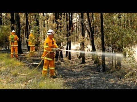 Australia fire crews on high alert as bushfires rage