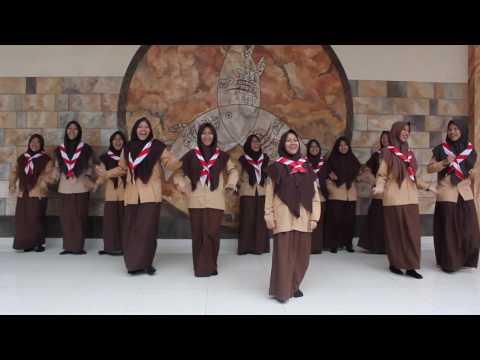 Parody Pergi Ke Bulan By 9 Girls of Jagat Arsy