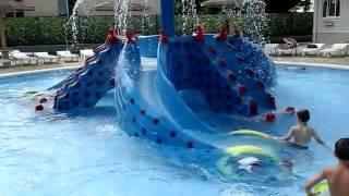 Пансионат Селена (Анапа) детский бассейн(Мои внуки купаются в детском бассейне, увести их оттуда было целой проблемой, до такой степени им нравилось..., 2015-12-06T12:41:10.000Z)