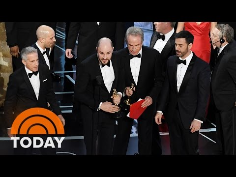 Thumbnail: 'La La Land' Mistakenly Announced As Oscars Best Picture, 'Moonlight' Wins | TODAY