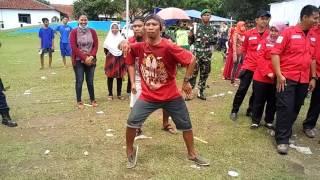 Video Joget Asik pasukan dangdut Slawi download MP3, 3GP, MP4, WEBM, AVI, FLV Agustus 2018