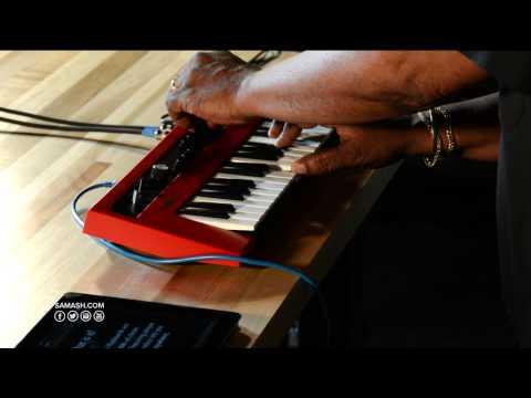 Yamaha Reface YC Mini-Key Keyboard - Sam Ash Spotlight