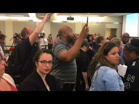 No More Sellouts in Houston: Citizens ejected from school board meeting