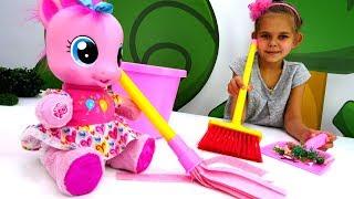 Литл Пони делают уборку - Игрушки Пони - Мультики для девочек