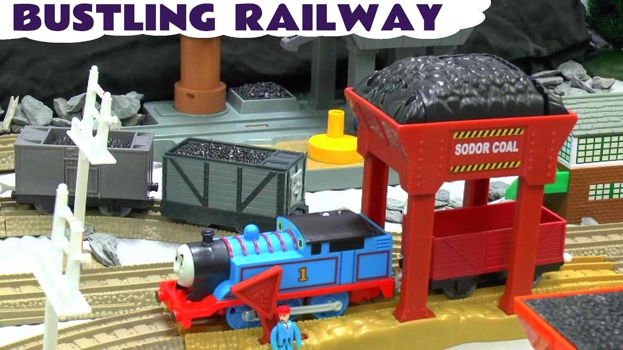 Thomas the train bathroom set - Thomas The Tank Engine Thomas And Friends Bustling Railway Toy Train Set Youtube