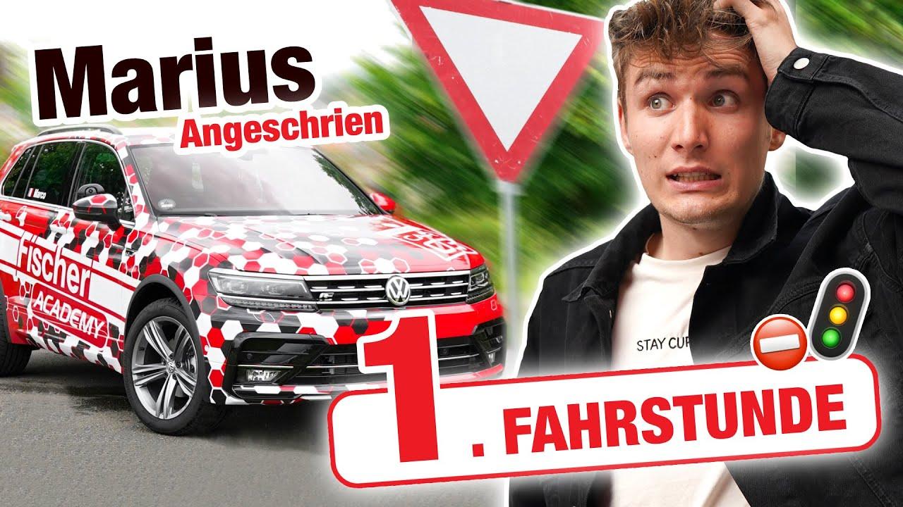 Erste Fahrstunde mit Marius Angeschrien 🚘🚦⛔️ | Fischer Academy