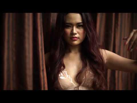 Alona Safir Sagami Idol Indonesia April 2018 x Sagami Original 002 condom