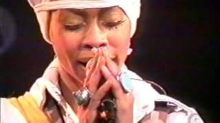 Erykah Badu - ... & On/Cleva (Knitting Factory 2000)