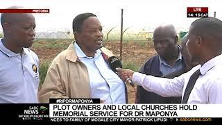 Dr. Richard Maponya honoured by farmers in Pretoria