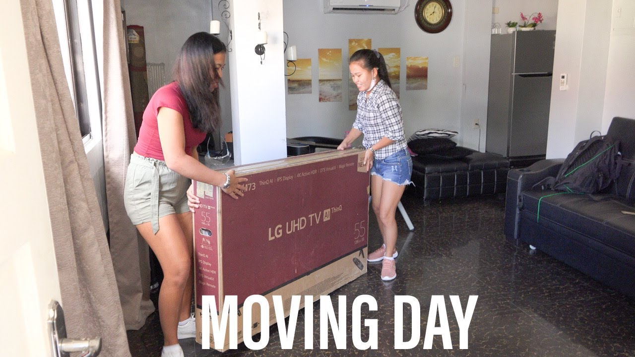 #Moving Day! Will All Our Junk Fit in the Van?