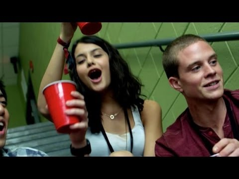 Project Almanac   1 2014  Amy Landecker, Sofia BlackD'Elia HD