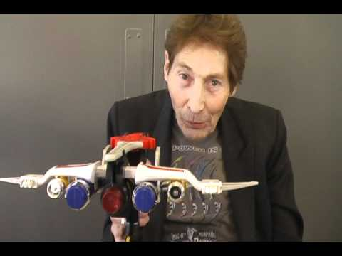 Robert Axelrod with the Power Blaster at Tsubasacon 2011