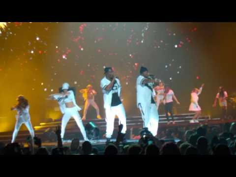 Bad Boy Family Reunion Tour - Mo Money Mo Problems (Puff Daddy, Mase)