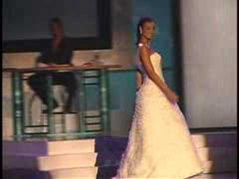 2003 Miss Massachusetts Teen USA Jacqueline Bruno gown
