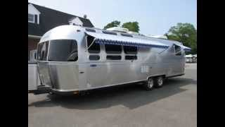 2012 Airstream Classic Limited 31' - Rear Queen Travel Trailer RV