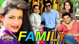 Neelam Kothari Family With Parents, Husband, Daughter, Brother and Boyfriend