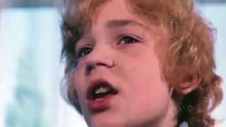 Крылатые качели HD песня из кф