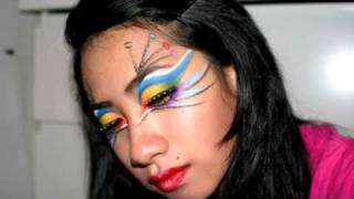 Tacky Peacock Makeup - Entry for Vintageortacky's Contest Thumbnail