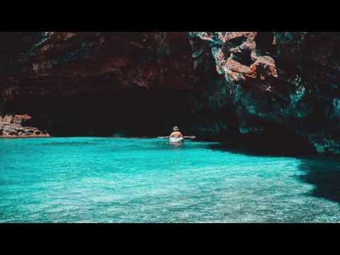 Djeff Afrozila - Awakening (feat. Helen Ting)
