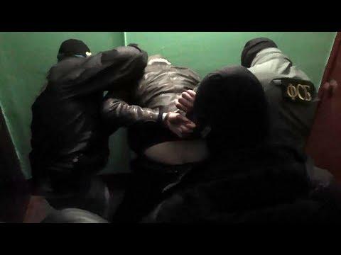 Видео! Задержание террористов в Санкт-Петербурге. Они готовили теракт в новогоднюю ночь