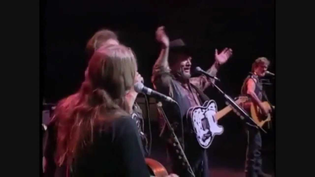 The Highwaymen - Ghost Riders in the Sky (Live) - YouTube