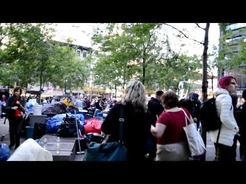 Occupy Wall Street Walk through of Zuccotti Park