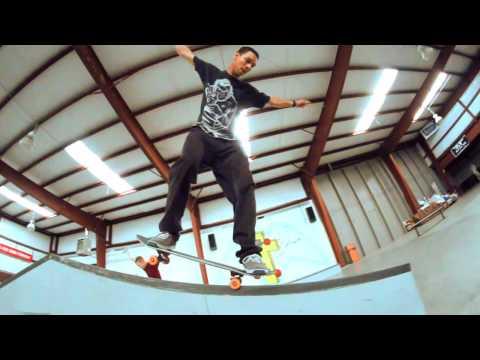Strictly Skateboarding!!! Colorado Indoor Skatepark