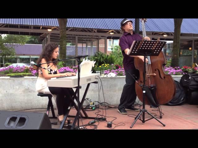 Moira Lo Bianco Trio  - Regattabar Courtyard