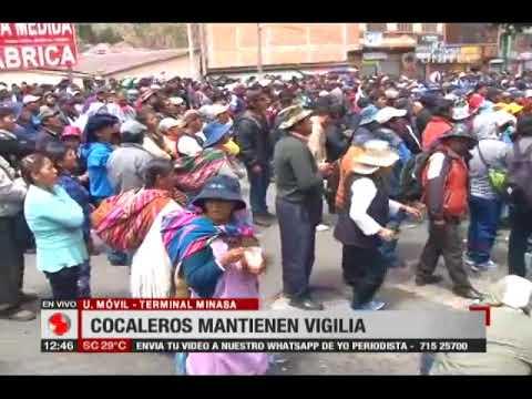 Cocaleros mantienen vigilia en Adepcoca, apoyo y rechazo a Franklin Gutiérrez