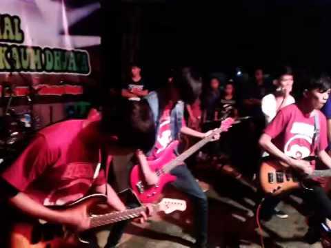 BESIDE FROM LIFE - Kuhapuskan Rasa (New Version) Live @Pasir Angin,Cileungsi 1 Maret 2014