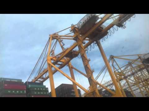 Khor Fakkan Port UAE Ship Loding Unloding 2 - Ebrahim