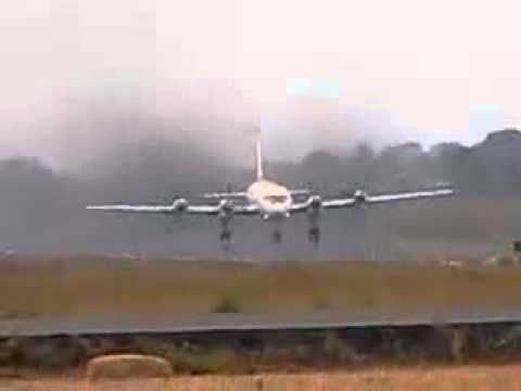 Ilyushin IL18 Rejected takeoff ---almost crashed!!! must watch