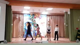 Новогодний концерт. 6В класс. Новый Год в России.