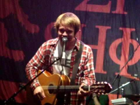 Enter Shikari - Gap In The Fence (Live in St. Petersburg 29-05-2010)