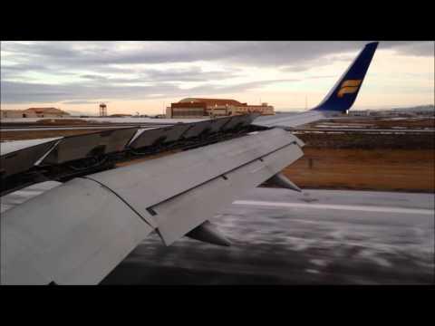 Icelandair 757-200 landing at Keflavik (Reykjavík)