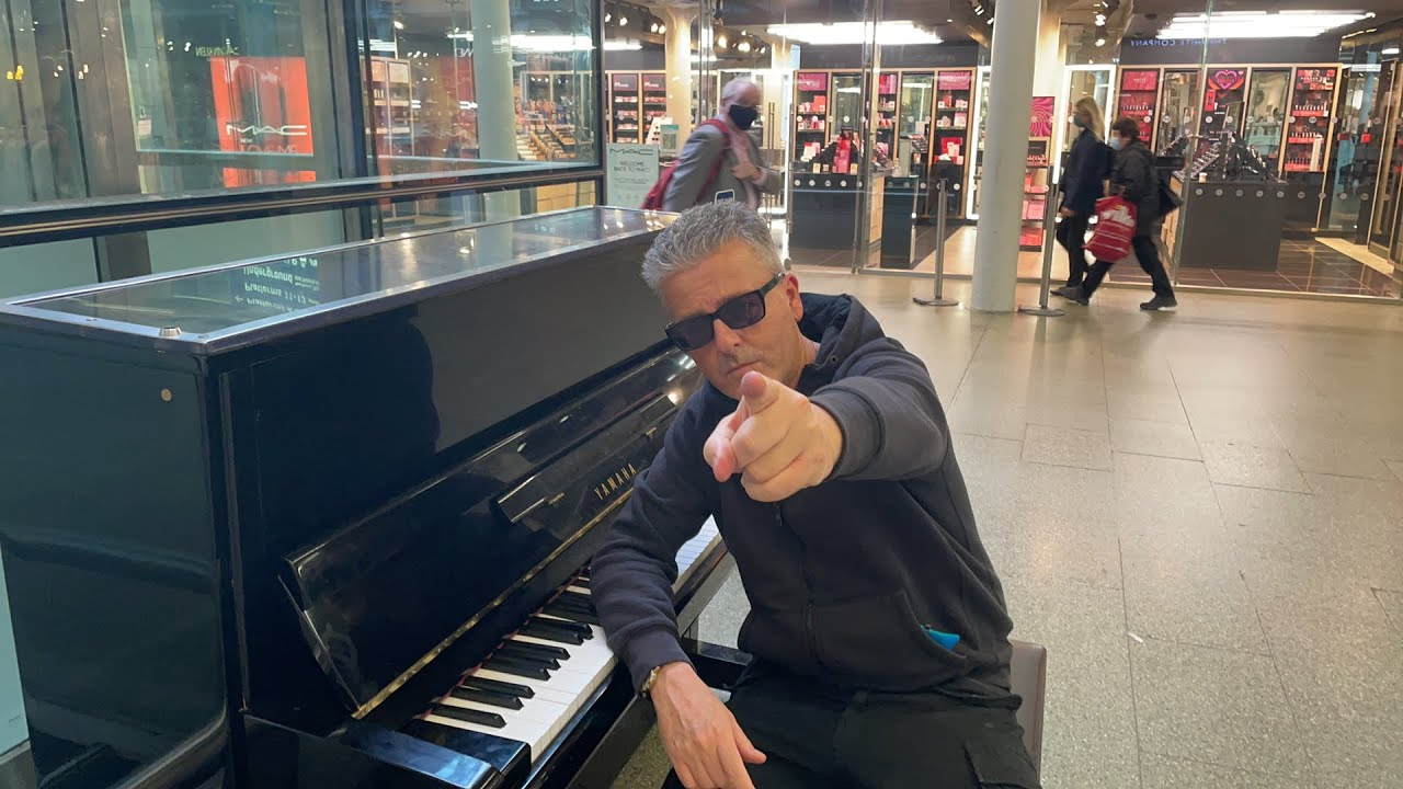 Download Live Piano in London