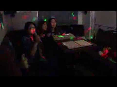 Karaoke with friends 7