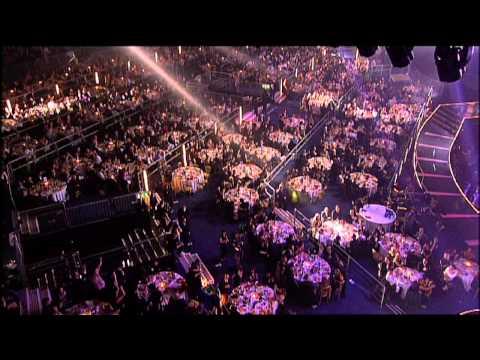 The Darkness win British Group presented Martin Kemp | BRIT Awards 2004