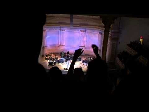 A Tribute to Bill Withers at Carnegie Hall. Aloe Blacc - Hope She'll Be Happier