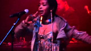 Ms Lauryn Hill Live in London 2012 - The Sweetest Thing/ When It Hurts So Bad