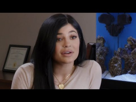 'Life Of Kylie' Episode 1: Kylie Jenner Starts Therapy To Deal With Fame
