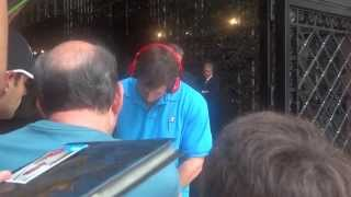 David Freese Signing Autographs In New York City -- iFolloSports.com