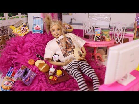 БАРБИ НА САМОИЗОЛЯЦИИ ТРИ НЕДЕЛИ / Куклы Мама Барби