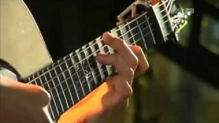 Download Lagu Sungha+Jung♫(J.S+Bach)+Minuet+in+Fingerstyle+-+Sungha+Jung♫[HQ].flv mp3