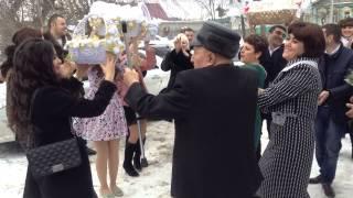 Армянская свадьба. Привезли подарки и жениха
