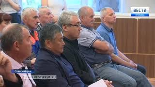 В Приморье решают проблему со счетами «Спасскцемента»