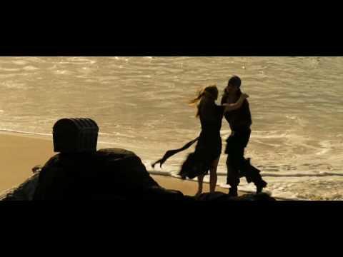 Поцелуй из фильма «Пираты Карибского моря»