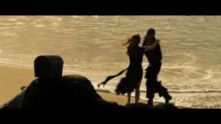 """Поцелуй из фильма """"Пираты Карибского моря"""""""