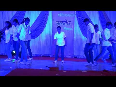 Amazing FREE STYLE DANCE on latest BOLLYWOOD songs
